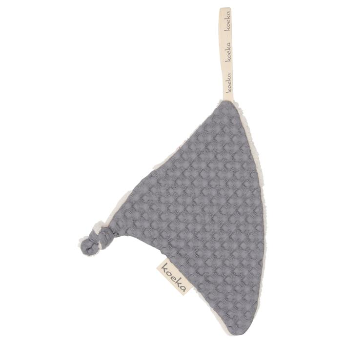 pacifier-cloth-triangle-oslo